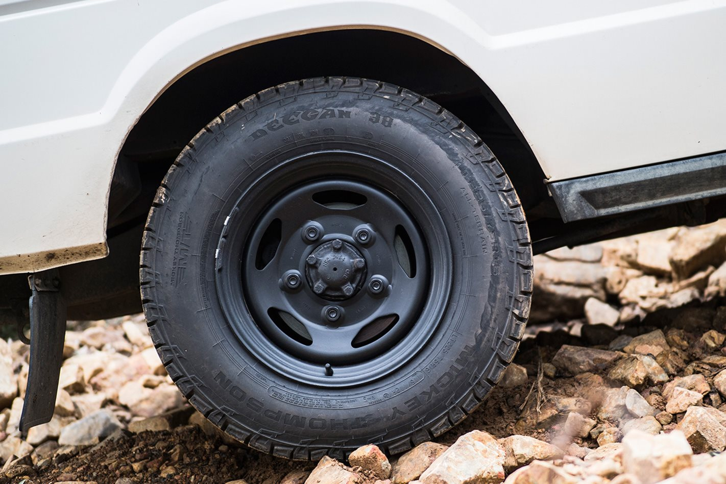 Mickey-Thompson-Deegan-38-Tyres-rough-terrain.jpg