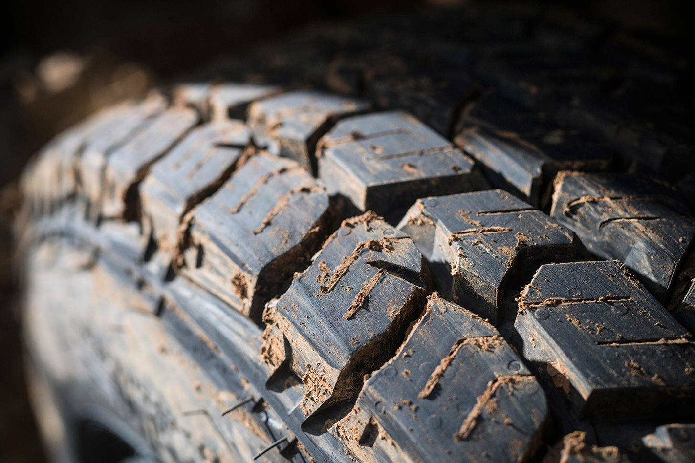 Mickey-Thompson-Deegan-38-Tyres-tread.jpg