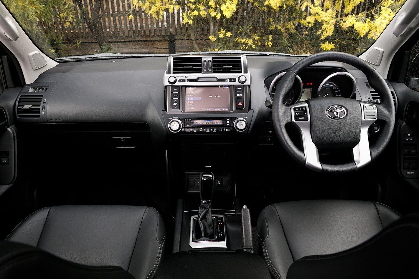 2017 Toyota LandCruiser Prado cabin.jpg