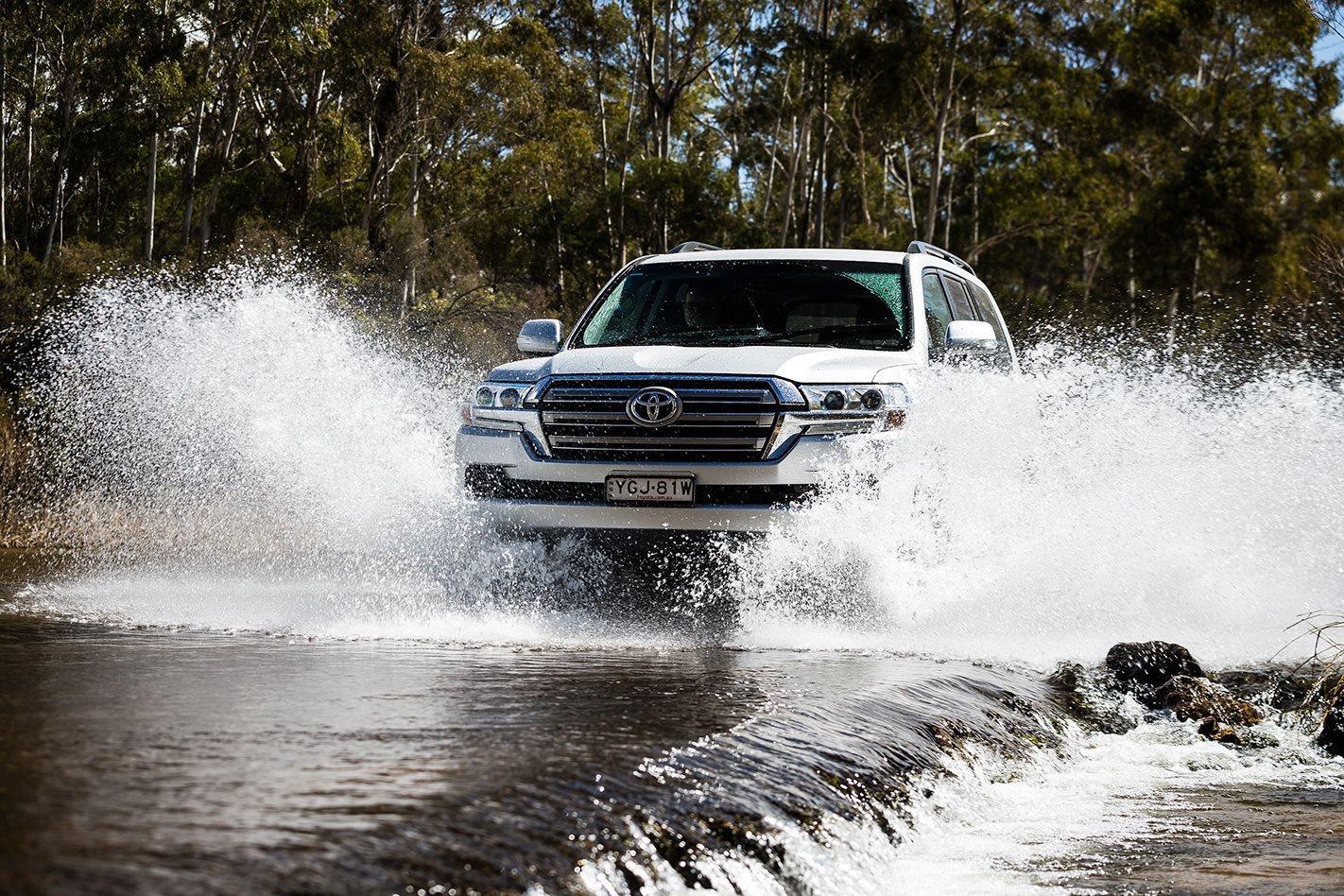 2017 Toyota LandCruiser Prado water.jpg