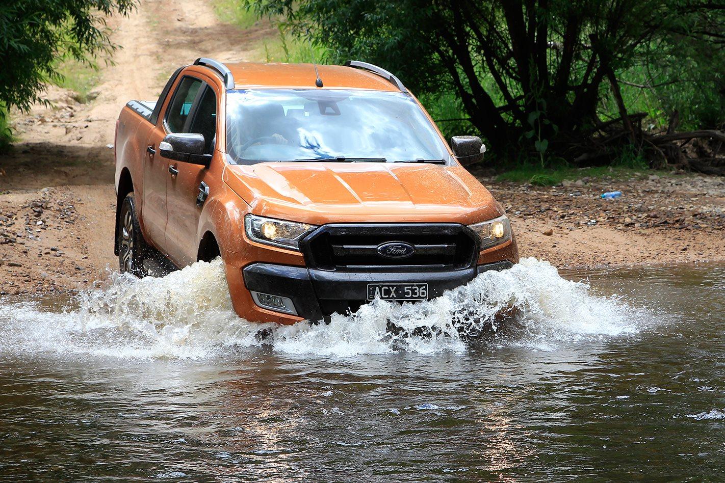 2017-Ford-Ranger-Wildtrak-offroad.jpg
