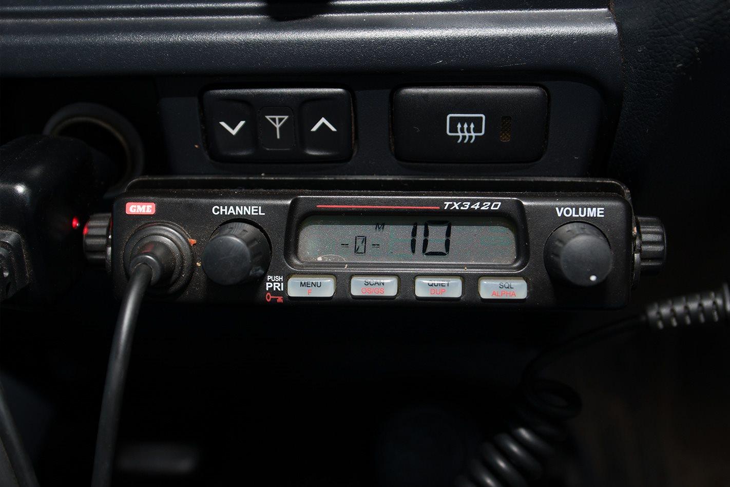 2010-Toyota-Land-Cruiser-76-Series-radio.jpg