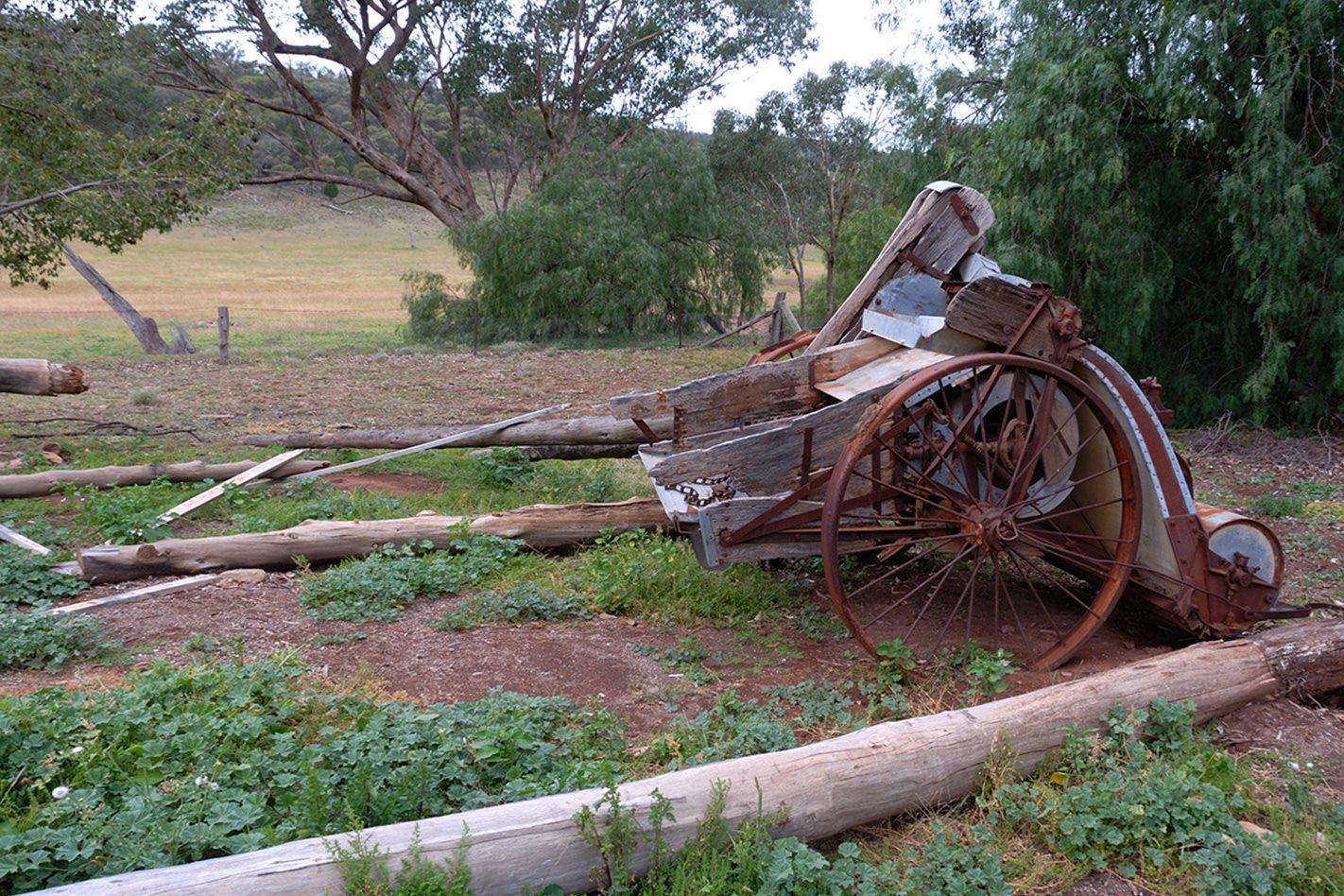 Old-farming-machinery,-Nangar-National-Park,-NSW.jpg