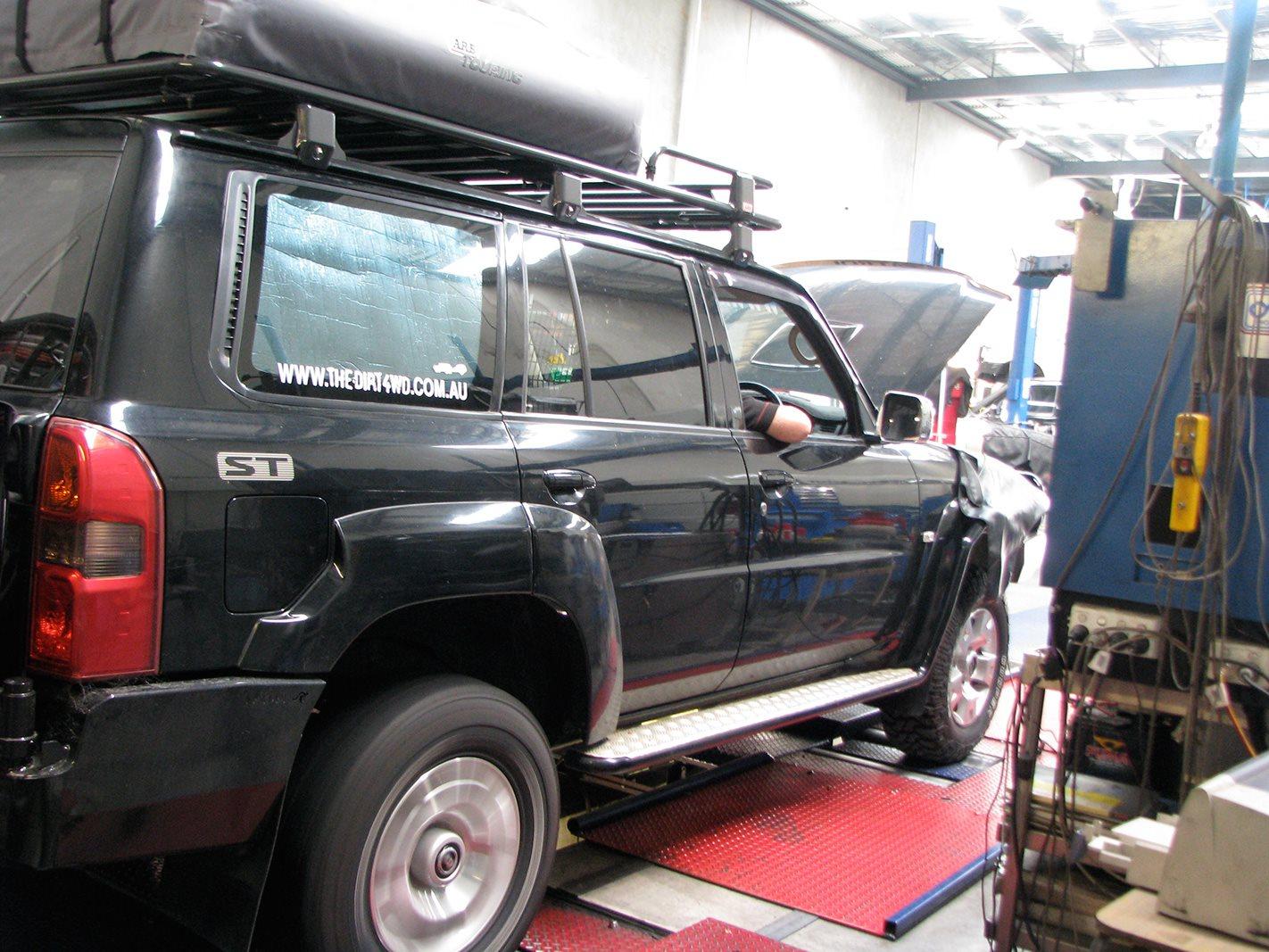 Nissan GU Patrol tourer mechanic.jpg