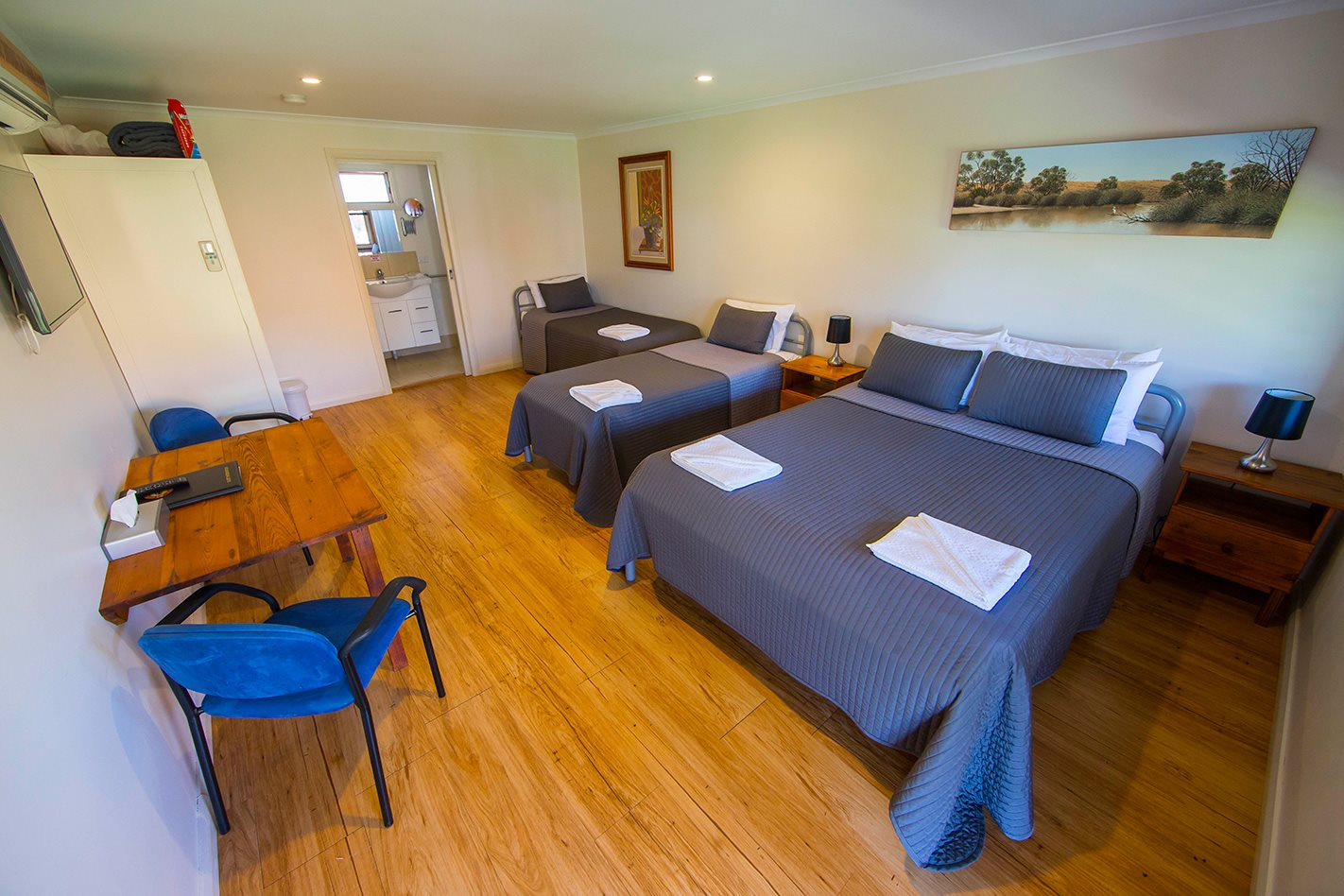 Silverton Hotel NSW accommodation.jpg