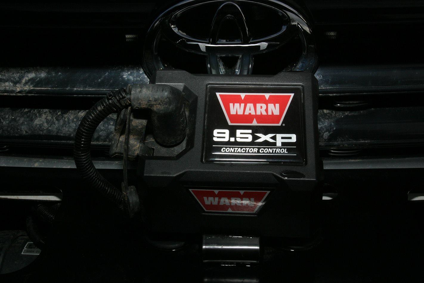 Warn 9.6XP Winch.jpg