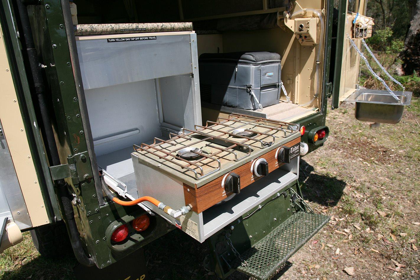 1982 Land Rover camper stove.jpg