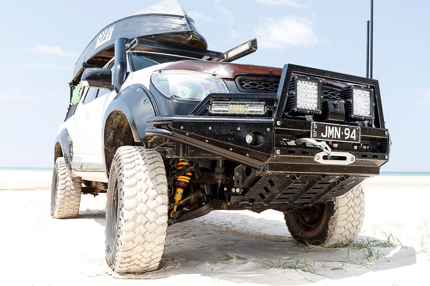 2015 Holden RG Colorado front bullbar.jpg