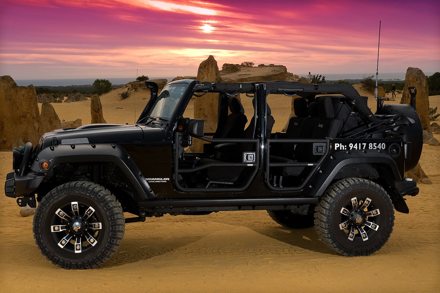 Jeep-Wrangler-Rubicon-side.jpg