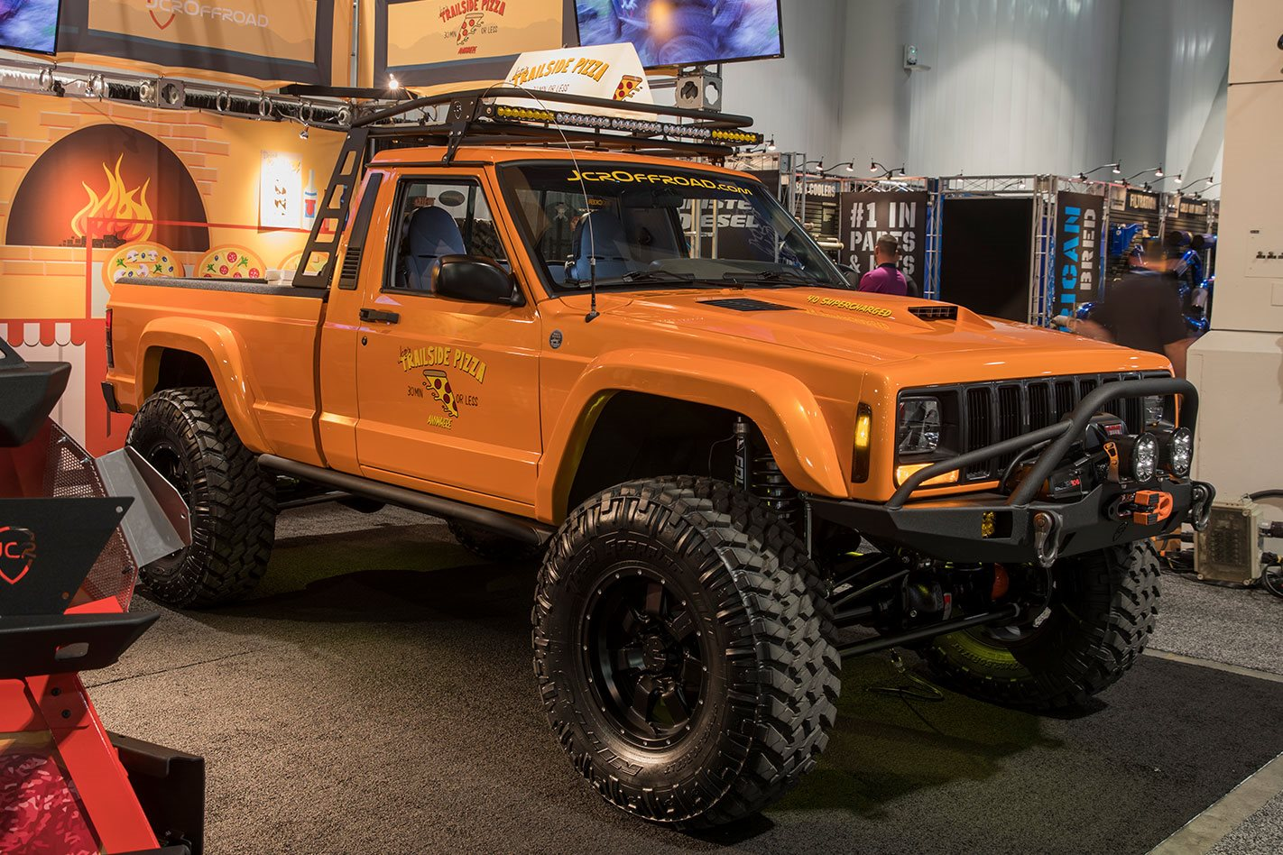 Jeep Wrangler Unlimited Overland Diesel India furthermore Bjeep Bnacho Bconcept also Sema Jcr Offroad  anche as well Tjl moreover Jeep Wrangler Jk Side Steps. on jeep wrangler desert off road x