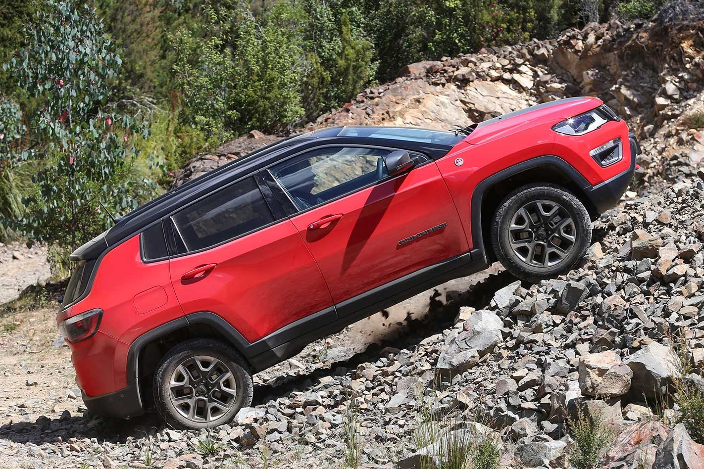 2018 jeep compass trailhawk first drive review. Black Bedroom Furniture Sets. Home Design Ideas