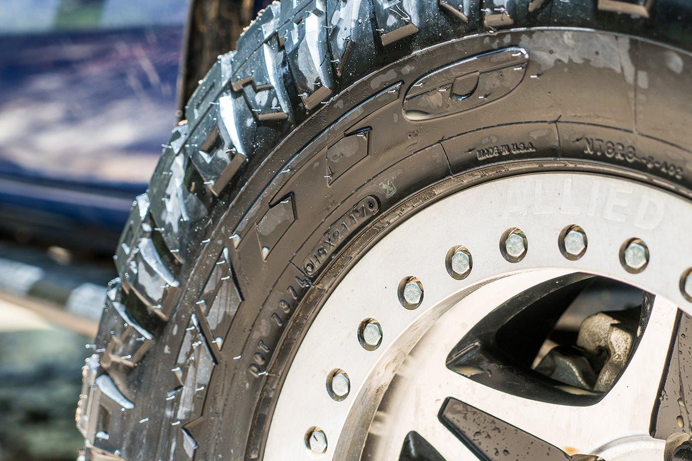 Nitto Ridge Grappler Tyres tread