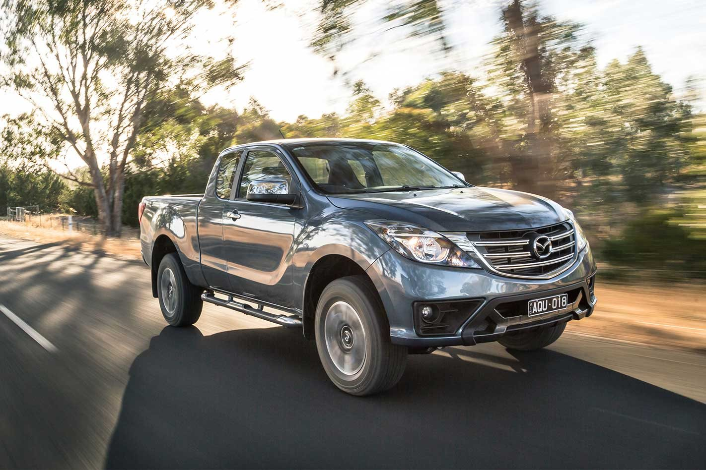 5b475c6a8bf89a 2018 Mazda BT-50 refresh  video review