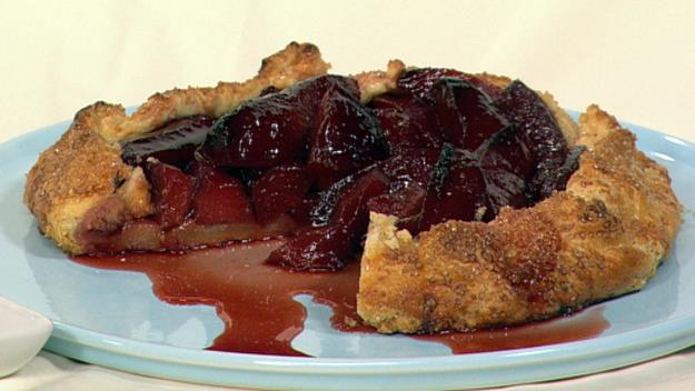 """This [quince crostata](https://www.womensweeklyfood.com.au/recipes/quince-crostata-7025