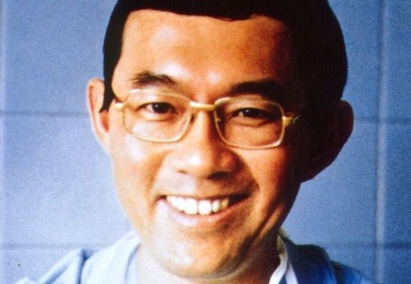 Renowned heart surgeon Victor Chang was shot twice in the head on the streets of Mosman after a failed extortion attempt. Two Malaysian men, Chew Seng Liew and Choon Tee Lim, were convicted his murder and sentenced to prison. Lim was granted parole in 2010 and deported to Malaysia. Liew was granted bail earlier this month, but the ruling is currently being challenged.