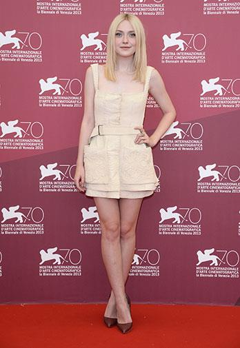 Dakota Fanning at a photo call for *Night Moves*.