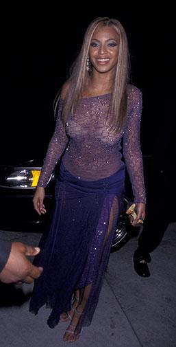 An unusual sheer lace dress at the 2002 Grammy Awards.