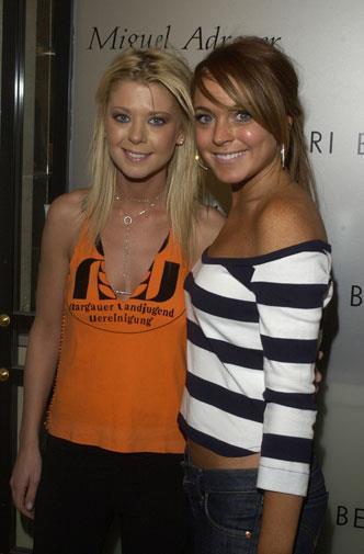 Lindsay with Tara Reid in 2004.