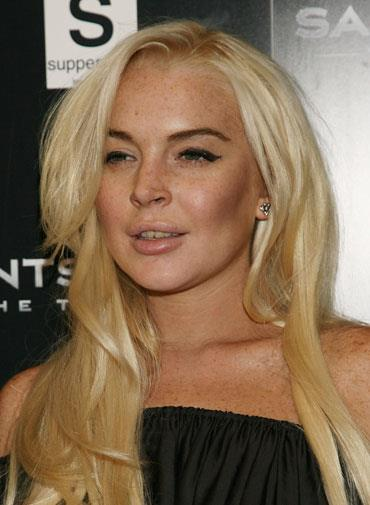 Lindsay's damaged teeth raised concerns about her substance abuse in October 2011.