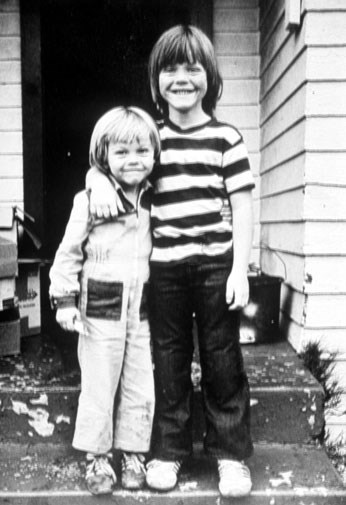 Leo (left) with his stepbrother in the 1970s.