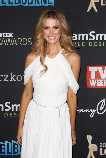 Delta was a vision in white at the 2012 Logies.