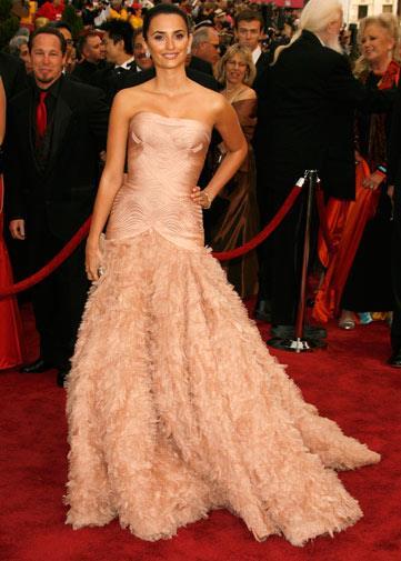 Penelope Cruz in Versace in 2007.
