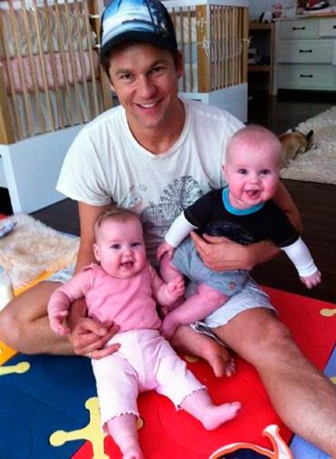 Neil Patrick Harris tweeted this pic of his partner and their new twins.