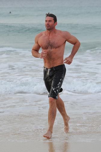 The hunk is reportedly trying to gain 10kg of muscle for a new movie.