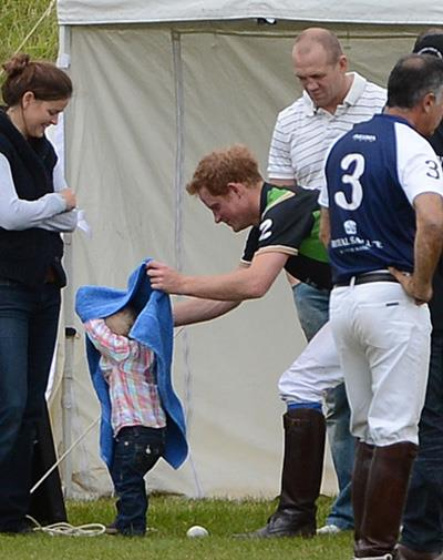 Prince Harry preferred to play with his cousin Peter Phillips' toddler Savannah.