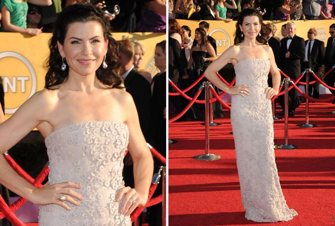 Julianna Margulies in Calvin Klein.