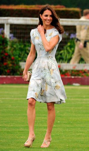Kate in yet another Jenny Packham dress in Los Angeles in July 2011.