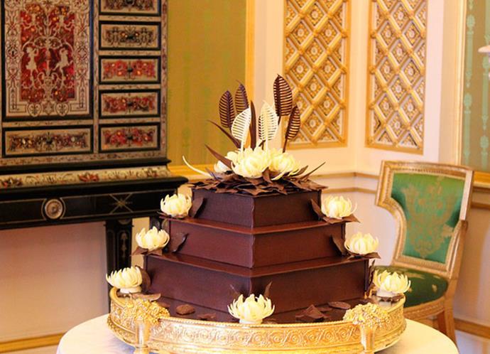 William favourite chocolate biscuit cake