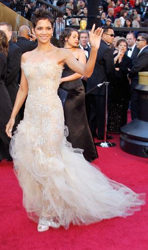 Halle Berry proved she just keeps getting better with age in Marchesa