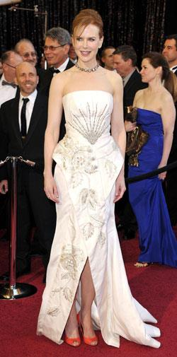 Nicole Kidman towered over Keith Urban in a Christian Dior gown and red heels