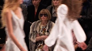 Anna Wintour up close
