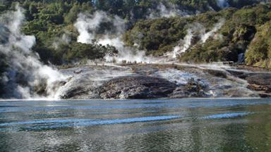 New Zealand's Rotorua - holiday perfection