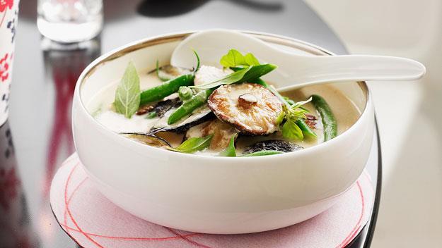 "**[Green pork curry](https://www.womensweeklyfood.com.au/recipes/green-pork-curry-12651|target=""_blank"")**"