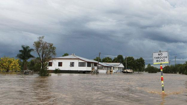 Floods engulf Queensland