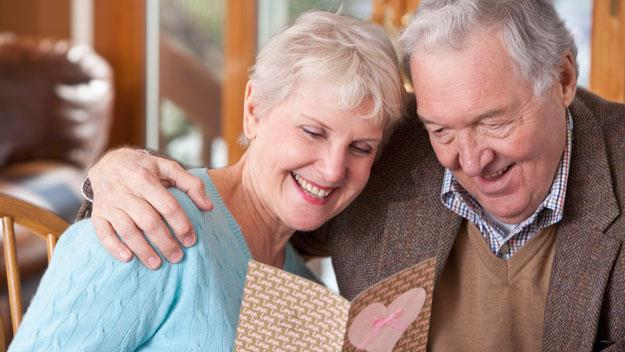 Love 'can survive' long-term relationships