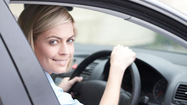 woman driving car, thinkstock