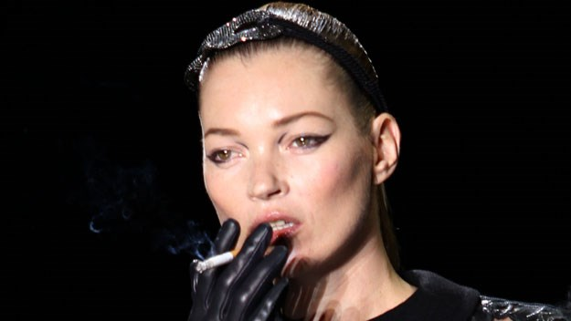 Kate Moss sparks smoking outrage
