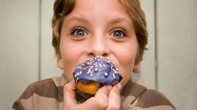 Children 'inherit' parents' emotional eating habits