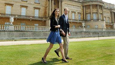 William and Catherine depart for honeymoon