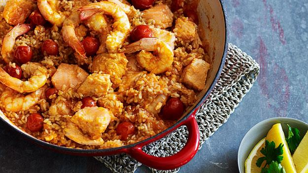 """[Heart-healthy seafood with tomato rice](https://www.womensweeklyfood.com.au/recipes/heart-healthy-seafood-with-tomato-rice-14991