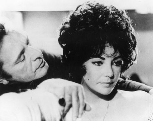 Richard Burton with his wife, Elizabeth Taylor in the television movie *Divorce His, Divorce Hers*.  Photo by: Keystone/Getty Images