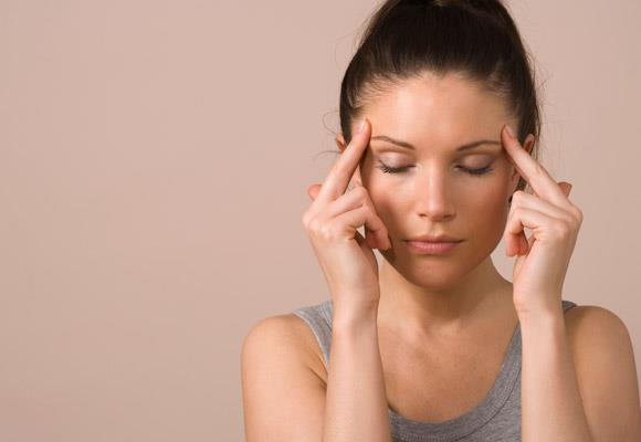 "Headaches are nasty little things that can interrupt your day at any given time. But did you know that it's not just your gender and genetics that can cause them? There are some things that we do that give us the head hurt. Avoid these and you might find yourself a little less prone to use the old ""I've got a headache"" line."