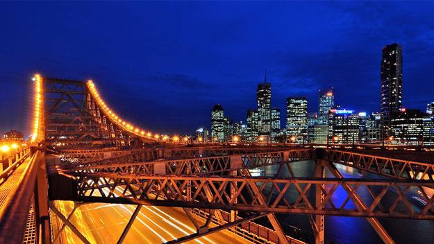 The Story Bridge and Brisbane's CBD.