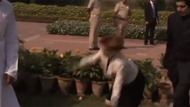 Gillard takes a tumble