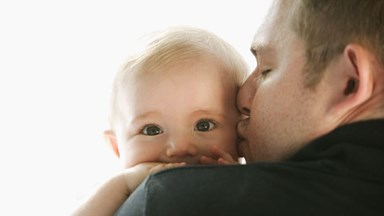 Study: Childbirth gives new dads post-traumatic stress disorder