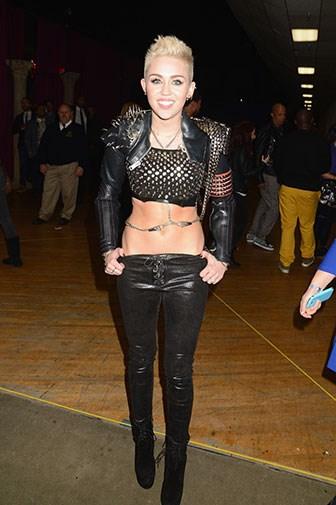 Performing on VH1 in December 2012.